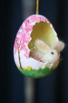 mini lapin et oeuf décoré
