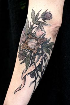terrible low light photo, slightly bloody tattoo, but how am i supposed to wait for a healed photo when i got to tattoo the potion ingredients for the draught of peace? hellebore, moonstone, unicorn horn, and porcupine quills. THANKS ADRIENNE!!!!!