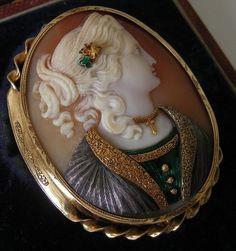 "coisasdetere: "" Antique cameo brooch… """