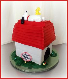 Snoopy and Woodstock cake