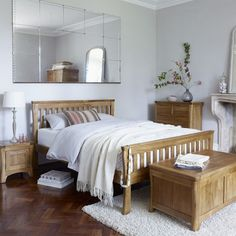 Love this #bedroom idea with a huge mirror above the bed! #homedecor @istandarddesign