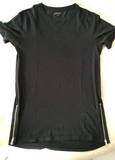 À vendre sur #vintedfrance ! http://www.vinted.fr/mode-hommes/t-shirts/23344294-t-shirt-long-noir-a-zip-river-island
