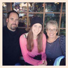 Kylee with Dad & Grandma Nissen Dec 2012