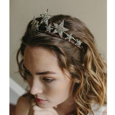 This dazzling jeweled tiara, a heavenly mix of double-banded rhinestones, sparkles as bright as any star in the cosmos. Get your royal