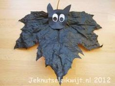 Halloween knutsel vleermuis