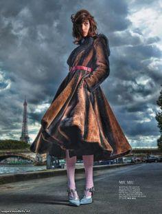 Supermodels.nl Industry News - Ruby Aldridge in 'La Parisienne'...