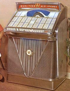 Wurlitzer 2400, 2400s year 1960, selections 200, 45 rpm.