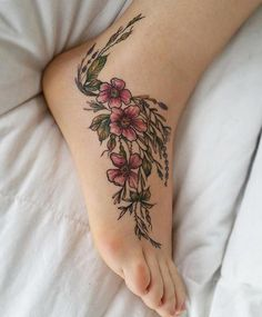 Stunning foot tattoo designs to conquer your heart – cute hostess for modern women – foot tattoos for women flowers Tattoos For Women Flowers, Foot Tattoos For Women, Flower Tattoos, Butterfly Tattoos, Ankle Tattoos, Body Art Tattoos, Sleeve Tattoos, Skull Tattoos, Pretty Tattoos
