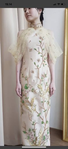 Cheongsam Wedding, Asian Fashion, Women's Fashion, Designer Party Wear Dresses, Beaded Gown, Traditional Dresses, Costume Design, Ball Gowns, Cold Shoulder Dress