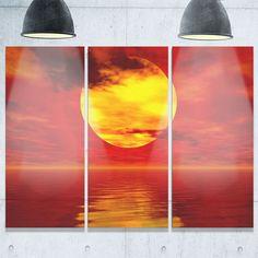 Designart - Golden Sun Sinking in Red Waters - Seashore Glossy Metal Wall Art