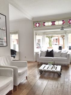 jaren 30 woning huismeubilair woonkamer decor elegant interieur garage renovatie oude huizen