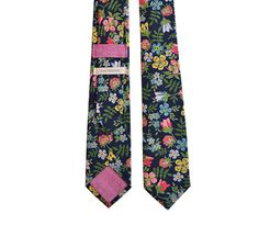 tie by good heavens.