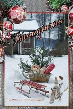 Buongiorno a tema Natale 115 Italian Memes, Happy New Year 2020, Vintage Postcards, Ladder Decor, Merry Christmas, Christmas Ideas, Place Card Holders, Table Decorations, Estate