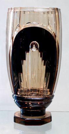 Val St Lambert vase 'Foch'. Joseph Simon 1935.