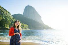 Photo: www.amandacosta.com Ensaio de gestante realizado na Praia da Urca. Fotos especiais e queridas! Amanda Costa Fotografia