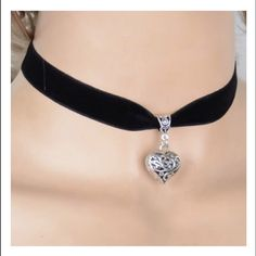 Choker With Silver Heart Pendant