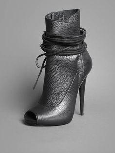Giuseppe Zanotti ~ Gunmetal Grey Textured Leather Ankle Boot