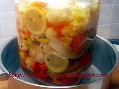 Κουνουπίδι τουρσί με καρότα σέλινο και πιπεριές - από «Τα φαγητά της γιαγιάς» Peach, Herbs, Healthy Recipes, Candy, Drinks, Cooking, Food, Life, Recipes