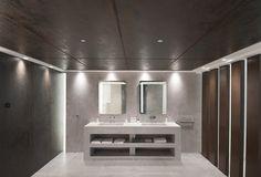 #Tendencias industriales en #Baños.   El Showroom de #Butech, de @porcelanosa presenta una innovadora con la máxima resistencia y durabilidad.  El #porcelánico extrafino (3,5mm) XLight #Nox en el gran formato 100x300cm para el #revestimiento de paredes y techo registrable en contraste con el nuevo Micro-Stuk Design.   ES / EN /FR > http://bit.ly/1pbiqyT  #Interiorismo #Industrial #Corten #Metals #Cemento #Concrete #Tendencias #Trends #Bathroom #Bathrooms