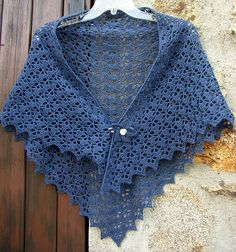 Ravelry: carine07's Blue South Bay shawlette