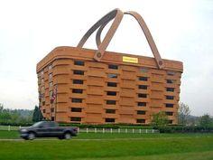 Th Loganberger Basket Building in Newark, Ohio