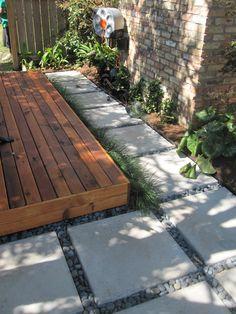 ground level deck with walk way Small Backyard Decks, Decks And Porches, Backyard Patio, Backyard Landscaping, Ground Level Deck, How To Level Ground, Lawn And Landscape, Landscape Design, Island Deck