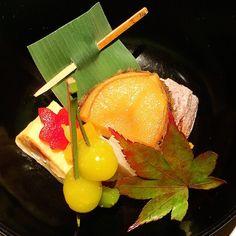#iloveit  #kaiseki #japaneasedishes #beautiful #gorgeous #dinnertime  #happy #yammy #thankyou  #銀座たて野 #美しい #日本料理#大満足#ごちそうさまでした  by minikinmix