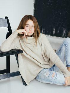 Freya Mavor, Angelina Danilova, Gorgeous Feet, Sexy Asian Girls, Ulzzang Girl, Pretty Woman, Korean Girl, Asian Beauty, American Girl