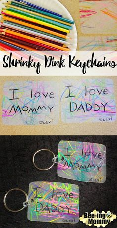 DIY Shrinky Dink Keychains personalized toddler gift for mom, dad or grandparents # diy gifts for grandparents Personalized Shrinky Dink Keychains Shrinky Dinks, Grandparents Day Crafts, Fathers Day Crafts, Grandparent Gifts, Mothers Day Crafts For Kids, Cadeau Parents, Diy Gifts For Dad, Diy Birthday Gifts For Dad, Daddy Birthday