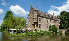 9 bijzondere hotels in Nederland waar jij wilt slapen Top 10 Hotels, Hotel Meeting, Secret Escapes, Beauty Spa, Leiden, Hotel Spa, Jacuzzi, Rotterdam, Holland