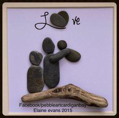 Pebble art Family of three and dog – Art du galet Famille de trois personnes et chien – Stone Crafts, Rock Crafts, Arts And Crafts, Pebble Painting, Stone Painting, Pebble Art Family, Rock Sculpture, Pebble Pictures, Rock And Pebbles