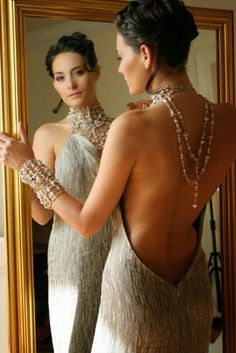 Women's Style-and-Fashion trends Lace Silk, Tulle Lace, Fancy Gowns, Foto Pose, Confident Woman, Poses, Sexy Dresses, Backless Dresses, Fashion Show