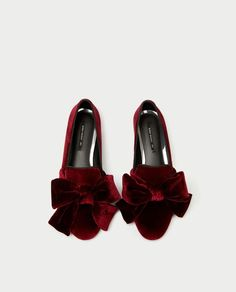 Tendance Chaussures 2017/ 2018 : VELVET LOAFERS WITH BOW-View all-SHOES-WOMAN | ZARA United States
