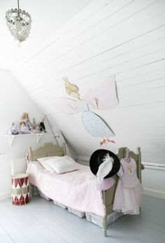 Fairy room sakura and I did a trace your body Tinker bell fairy so much fun