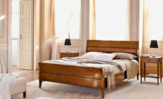 Granato - Le Gemme | Classic Collections Le Fablier | Bed with leather headboard | Measures in cm (LxDxH) 168x220x109 | Structure in solid lime wood | Available with width from 98 to 188 cm
