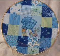 Handmade Fabric Backed Plate - Classic Holly Hobby