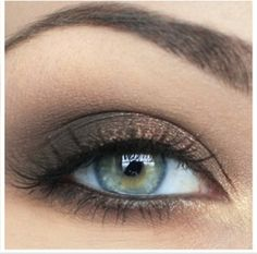 Bridesmaids makeup. slight brown smoke, not too heavy with gold on the inner eye