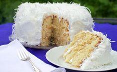 Coconut cake: la ricetta originale della torta al cocco soffice ed esotica! | Planet Cake