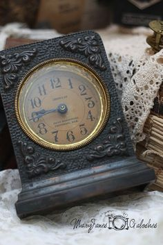 Assorted Old Clocks Packed For Junk Bonanza Sommers Breeze Antiques: Tick Tock Clock, Radio Antigua, Photo Deco, Antique Clocks, Vintage Clocks, Vintage Decor, Father Time, Cool Clocks, A Moment In Time