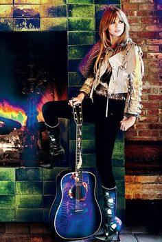 Taylor Swift by Mario Testino for Vogue US February 2012 Style Taylor Swift, Taylor Swift Country, Taylor Swift Guitar, Taylor Guitars, Taylor Alison Swift, Swift 3, Guitar Girl, Vogue Us, Walkways