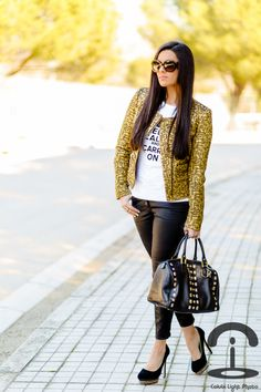 Crimenes de la Moda: Golden Jacket