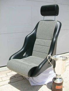 Rallye ST seat from GTS Classics with Houndstooth insert
