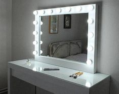 Tri Fold Vanity Mirror With Lights Modern Hexagon Decorative Mirror  Silver  Tabletop Vanities And