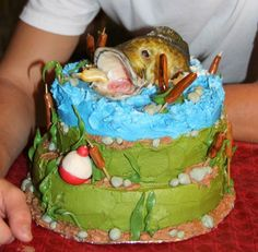 Bass fishing cake bass is white modeling chocolate