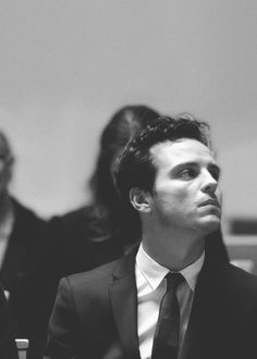 I've been neglecting my Daily Andrew Scott Appreciation.