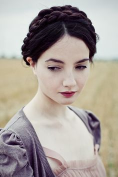 also beauty inspiration, pale pale skin, minimal eye makeup (liquid liner) dark rosy lip