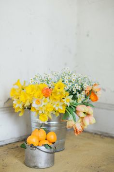 florals Ashley Woodson Bailey | styling Ginny Branch | photo Haley Sheffield