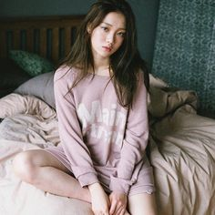 Lee Sung-kyung 이성경 (born August is a South Korean model and actress. She is known for her roles in different dramas such as It's Okay, That's Love Cheese in theTrap Doctors Lee Sung Kyung Profile, Korean Actresses, Korean Actors, Lee Sung Kyung Fashion, Swag Couples, Kim Book, Weightlifting Fairy Kim Bok Joo, Joo Hyuk, Korean Celebrities