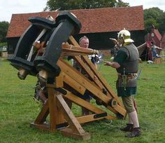 """Vitruvius' Ballista This ballista is a palintone or stone throwing machine. """"Bestia"""" represents the smallest stone thrower in the Roman army. Roman Legion, Medieval Weapons, Medieval World, Roman History, Fantasy Inspiration, Ancient Rome, War Machine, Roman Empire, Military History"""