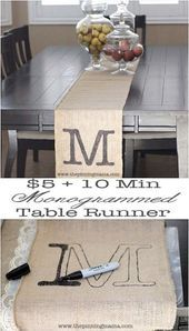 Rustic DIY Burlap Decoration Ideas To Add Some Country Charm to your Home Burlap Crafts, Decor Crafts, Diy Room Decor, Home Crafts, Home Decor, Rustic Table, Diy Table, Rustic Decor, Farmhouse Table